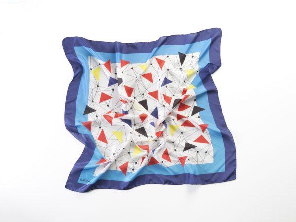 diseño moderno y unico en pañuelos cuadrado de seda