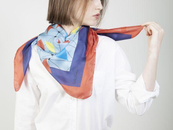 accesorios de seda con estilo