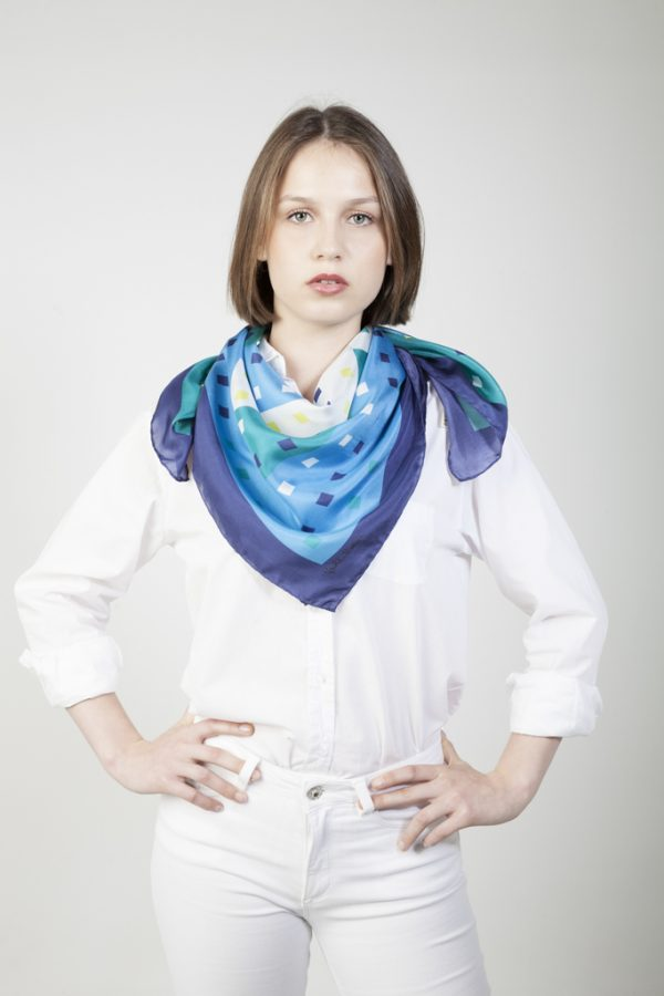 pañuelo de seda bohochic en azules