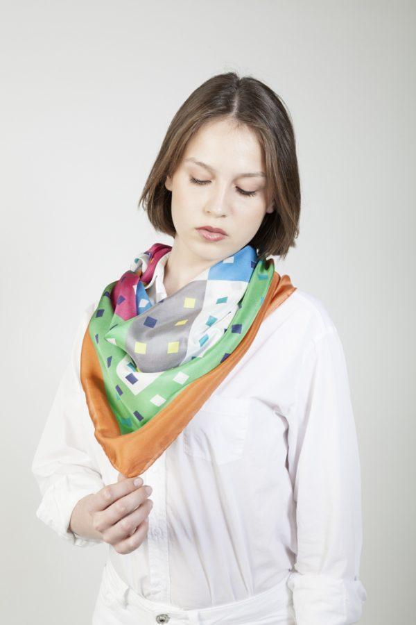 pañuelo grande en twill de seda