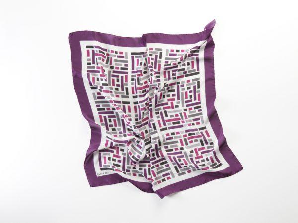 pañuelo grande seda purpura